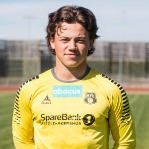 Markus_holder_jensen